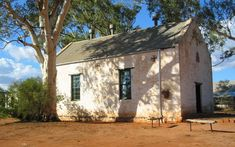 Hermannsburg Potters: Aranda Artists of Central Australia Norfolk Island, Alice Springs, Christmas Island, New Zealand, Shed, Outdoor Structures, Australia, History, Building