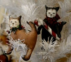 A pair of Christmas cats by TheChristmasDen on Etsy Christmas Cats, Christmas Ornaments, Mice, Holiday Decor, Unique Jewelry, Handmade Gifts, Crafts, Etsy, Vintage