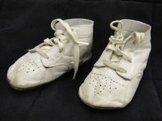 Mrs-Days-Ideal-Baby-Shoes-White-Leather-with-Box-Size-2-or-3