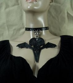 You can buy it here https://www.etsy.com/listing/212900120/hard-leather-collar-with-crow-skull?ref=related-6