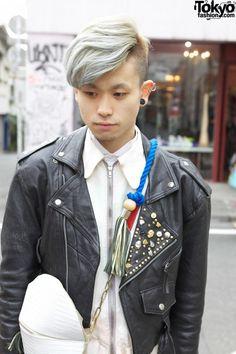 Harajuku street fashion   Harajuku guy with silver hair, tasseled banzai bag & sokkyou zippered top.