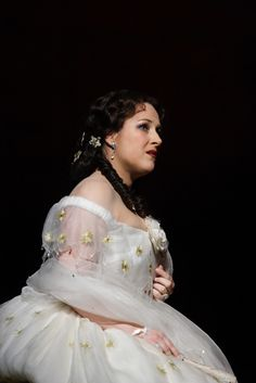 Diana Damrau as Violetta Valery in La traviata by Richard Eyre, The Royal Opera 2013/14 www.roh.org.uk/productions/la-traviata-by-richard-eyre