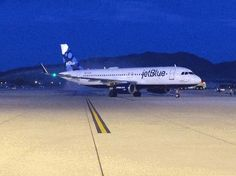 The first flight from New York City to Reno is here, JetBlue has landed!