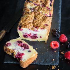 Du brauchst du keinen Zauberstab, sondern nur ein paar einfache Zutaten, einen Handmixer und einen Backofen, um diesen wunderbaren Kuchen zu