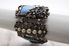 Vintage Blue Side bracelet 6.5 long faux pearl and
