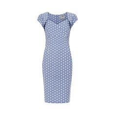 Collectif Regina Light Blue Polka Retro šaty ve stylu 50. let. Nádherné šaty pouzdrového střihu ve světle modré barvě s nadčasovým bílým puntíkem. Vhodné na svatbu či jinou společenskou událost, do kanceláře či jen tak pro radost na denní nošení. Užší střih dokonale vykreslí ženské křivky, příjemný poddajný materiál (90% bavlna, 10% elastan) dokonale padne vaší postavě, krátký rukávek bolerkového střihu, zip v zadní části, rozparek pro snadnější chůzi.