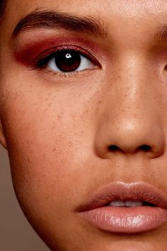 THIS+Is+How+You+Should+Be+Applying+Your+Eyeshadow+#refinery29+http://www.refinery29.com/how-to-apply-eyeshadow-by-eye-shape#slide-10