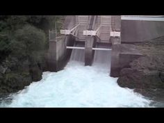 Dam Gate opening - Aratiatia Hydro Dam and Rapids near Huka Falls (Taupo, New Zealand)