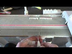Strikkeprøve / Gauge swatch - Silver Reed LK150 - YouTube