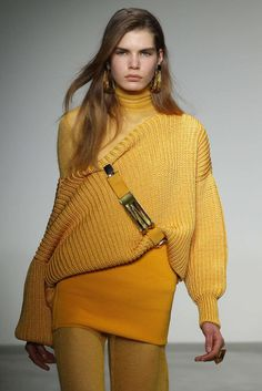European And American Style Long Sleeve Pure Colour Loose Sweater Sweater Fashion, Sweater Outfits, Pullover Mode, Cute Outfits For School, Loose Sweater, Cute Sweaters, Mellow Yellow, Sweater Weather, Casual Tops