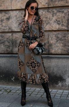 Roco Wzorzysta sukienka midi z falbaną 0241/64 Dresses With Sleeves, Long Sleeve, Fashion, Moda, Sleeve Dresses, Long Dress Patterns, Fashion Styles, Fashion Illustrations