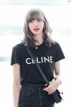 Find BlackPink Clothes, KPOP T-Shirts for an affordable price Kim Jennie, South Korean Girls, Korean Girl Groups, Lisa Blackpink Wallpaper, Kim Jisoo, Black Pink Kpop, Blackpink Fashion, Fashion Ideas, Blackpink Photos