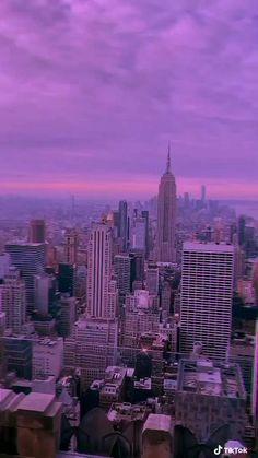 Adventure Aesthetic, City Aesthetic, Aesthetic Movies, Aesthetic Videos, Aesthetic Backgrounds, Travel Aesthetic, Aesthetic Pictures, Aesthetic Wallpapers, New York Wallpaper
