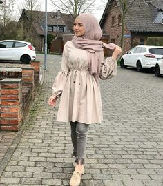 Image about fashion in Hijabiiiista 😌👑 by Amany – Hijab Fashion 2020 Hijab Fashion Summer, Modest Fashion Hijab, Modern Hijab Fashion, Street Hijab Fashion, Casual Hijab Outfit, Outfits Casual, Hijab Fashion Inspiration, Islamic Fashion, Hijab Chic