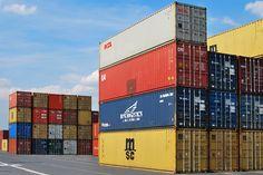 Export-Umsätze deutscher Händler auf Amazon Marketplace übersteigen 2 Milliarden Euro im Jahr 2016 - http://aaja.de/2fS2ZGB