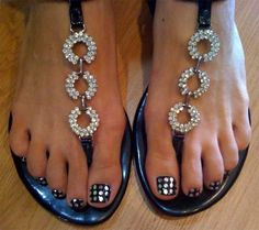 cool pedicure design Cute Pedicure Designs for You