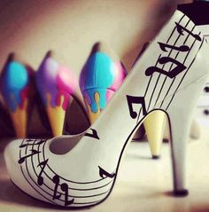 Fashionable White Coppy Leather Music Score Printed High Heel Shoes