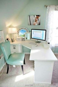 Contemporary Home Office Design Ideas - Search photos of contemporary home offices. Discover ideas for your trendy home office design with ideas for decor, storage as well as furniture. Suppose Design Office, Home Office Design, Home Office Decor, House Design, Home Decor, Office Designs, Design Design, Office Furniture, At Home Office Ideas