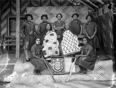 Pakipaki Young Māori Party hockey team, 1920s