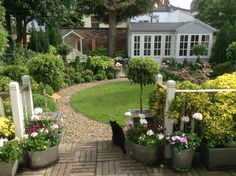 A classical look, so coordinated, from the summerhouse down to the co ordinated pots Outdoor Rooms, Outdoor Gardens, Outdoor Living, Outdoor Decor, Landscape Design, Garden Design, She Sheds, Garden Studio, Cottage Living