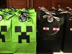 Creeper and Enderman Party Favors Minecraft Party Favors, Minecraft Party Decorations, Minecraft Birthday Party, Sons Birthday, Birthday Fun, Birthday Parties, Theme Parties, Birthday Ideas, Party Bags