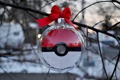 Pokemon Pokeball | Christmas Tree Ornament  • www.thewiredlife.net/shop