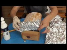 Decoupage em caixa de MDF com PAPEL ALUMÍNIO. Todos os materiais utilizados no vídeo, encontram-se no nosso site: www.artebahia.com Em caso de dúvidas ou sugestões, entre em contato com a gente. E-mail: artebahia@artebahia.com Facebook: facebook/art