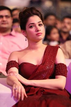 Tamannah Bhatia hot pics in actress pics gallery. who has appeared in Telugu, Tamil and Hindhi films.Tamanna Bhatia hot photos and images in heroines app Indian Celebrities, Bollywood Celebrities, Beautiful Celebrities, Beautiful Actresses, Indian Bollywood Actress, Beautiful Bollywood Actress, Beautiful Indian Actress, Tamil Actress, South Actress