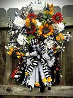 #BuffaloPlaid #Cheetah #Sunflower #Wreath Sunflowers and #Pumpkins Wreath, #Fall Pumpkin and #Floral Wreath, #Thanksgiving Wreath, #Halloween