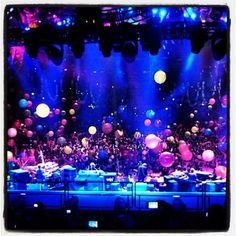 Phish @ MSG to ring in the new year.  DREAMING BIG HERE. Music Happy, Phish, Nye, Dream Big, Just Go, Mauve, Ring, Places, Wall
