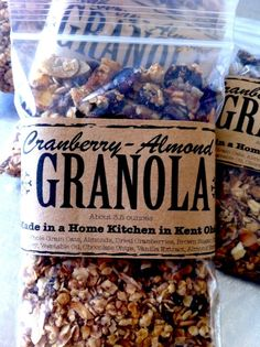 granola instead of cookies? Cereal Packaging, Bakery Packaging, Craft Packaging, Cookie Packaging, Packaging Ideas, Packaging Design, Granola Brands, Organic Packaging, Cranberry Almond