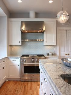 Modern Kitchen Glass Tile Backsplash