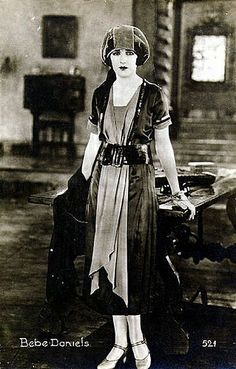 Bebe Daniels Silent Screen Stars, Silent Film Stars, Movie Stars, Old Hollywood Glamour, Vintage Hollywood, Vintage Glam, Bebe Daniels, 1920s Outfits, Child Actresses
