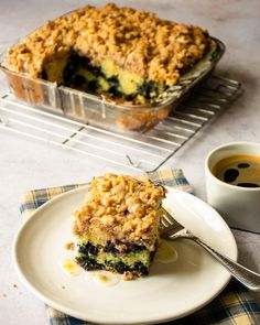 Blueberry Crumb Coffee Cake with Lemon Glaze - A simple, but delicious blueberry crumb coffee cake for any time of year, with blueberries throughout and a sweet lemony glaze on top. Chef Recipes, Cooking Recipes, Blue Jean Chef, Pork Pasta, Crumb Coffee Cakes, Breakfast Recipes, Dessert Recipes, Breakfast Items, Blueberry Recipes