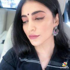 Hollywood Actress Photos, Hollywood Heroines, Indian Actress Photos, South Actress, South Indian Actress, Sonam Kapoor, Deepika Padukone, Hot Actresses, Indian Actresses