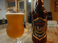 Cerveja Grey Rooster, estilo Blond Ale, produzida por Microcervejaria 3R, Brasil. 4.5% ABV de álcool.