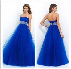 Vestido azul royal com cinto prateado