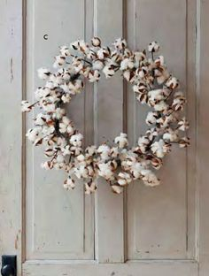 Simple Cotton Boll Wreath