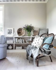 12 Best Scandinavian Interior Design Tips and Ideas Scandinavian Interior Design, Beautiful Interior Design, Scandinavian Home, Living Room Grey, Home And Living, Long Room, Country Interior, Sweet Home Alabama, Asian Decor