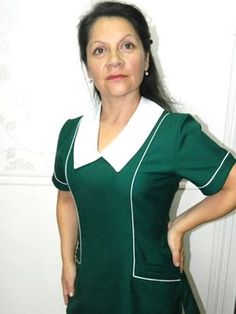 Uma cuello en punta Scrubs Uniform, Maid Uniform, Nursing Clothes, Teacher Style, Wetsuit, Work Wear, Cami, Look, Swimwear