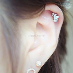 CZ Angel Wing Cartilage boucle d'oreille Tragus par applelatte