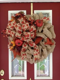 Fall Burlap Wreath ~~~~~~~~~Created Twists