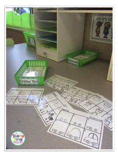 A Teeny Tiny Teacher: How-To-Draw Writing Center...love these drawing mats AND this blog! :)