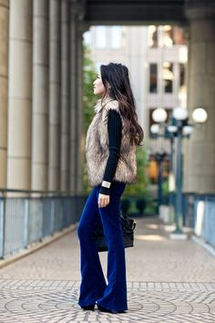 Velvet Crush :: Lush Pants & Faux Fur Vest Finally found a faux fur vest that I love! Hopefully, I can recreate this outfit for winter (with these pants in burgundy instead). Fall Winter Outfits, Winter Wear, Autumn Winter Fashion, Looks Style, Style Me, Silvester Outfit, Wendy's Lookbook, Boutique Fashion, Mein Style