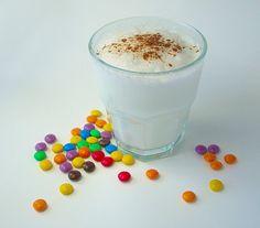 kinder cappucino!  geschuimde melk met vanillesuiker en kaneel, hmmmmm!