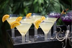 Crackle martini and bamboo stemmed 8 oz. #martini #glass are ready to be filled. They sparkle in a refreshingly simple way. These are perfect glasses to serve to a guest! The recipes for these two cocktails is also amazing and will leave your guests feeling refreshed! #ypp #yourperfectparty #maui #party