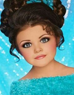 Toddlers and Tiaras  her eyes are scary