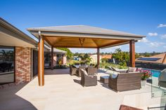 Wakerley project | outdoor entertaining area and pool⠀ ⠀ Poolside at our Wakerley project where we have created this very inviting outdoor entertaining area and pool for our clients.⠀