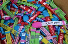 A box full of wristbands Coldplay, Awesome Things, Life, Box, Music, Viva La Vida, Te Quiero, Musica, Musik