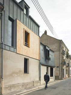 Rue Losserand in Tours, France by atelier 100architecture